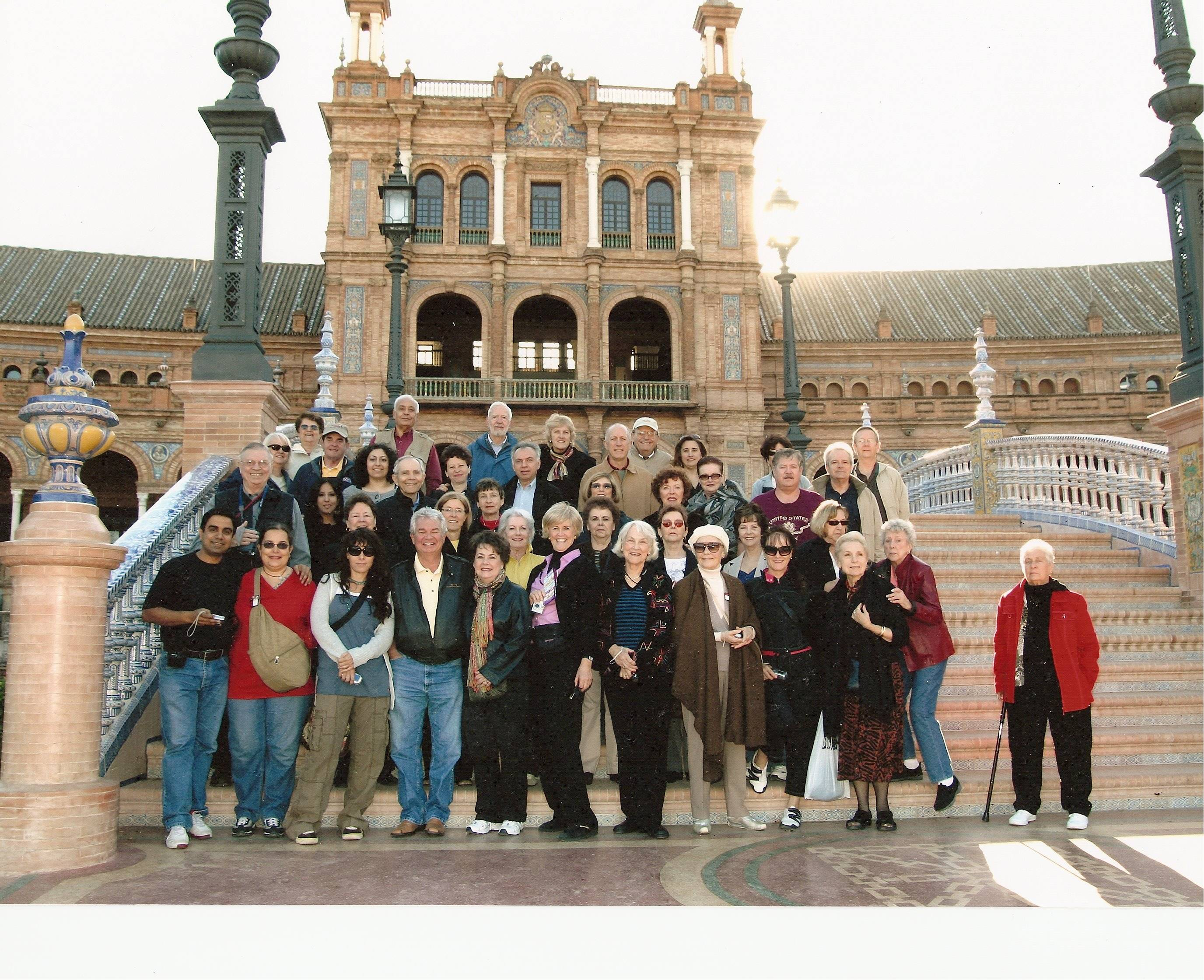 Here is our GLOBUS group of touring friends in Sevilla.